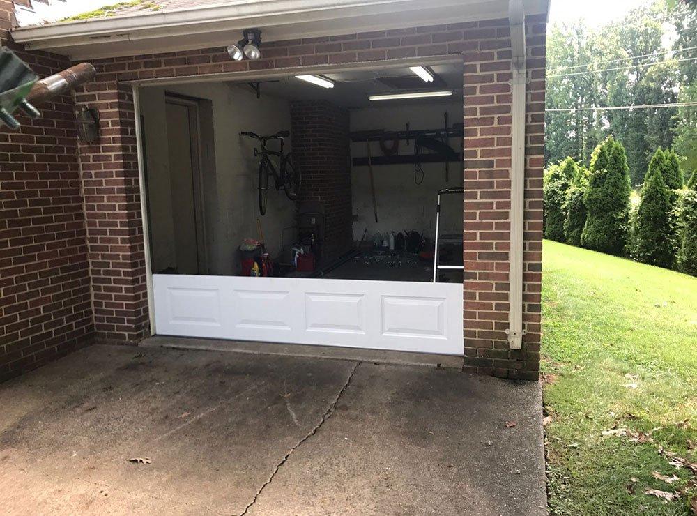 Emergency garage door services maryland bwi garage door for Garage door repair bowie md