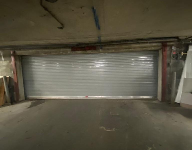 rolling sheet doors